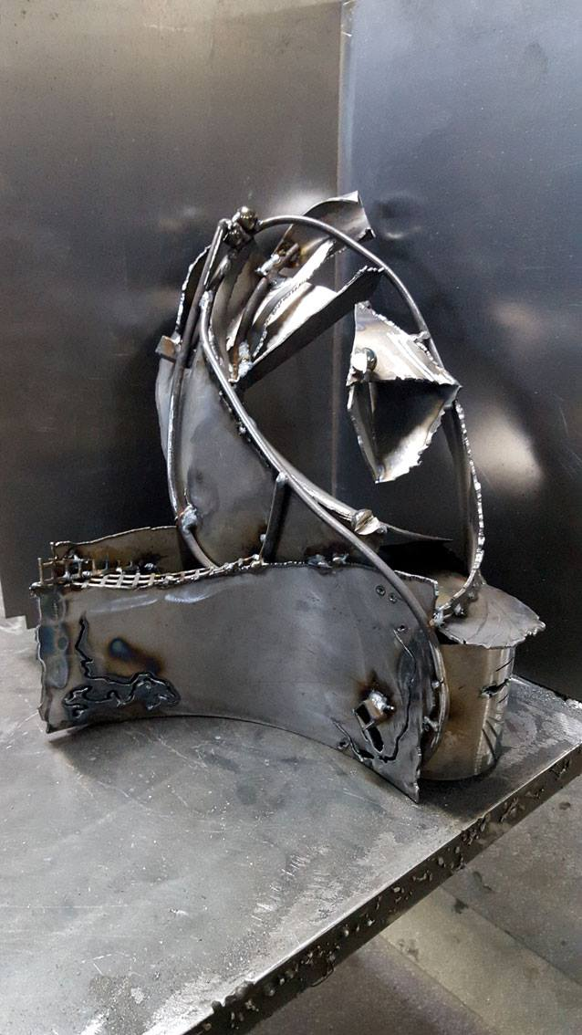 DECONSTRUCTIVISM MORPHYSIM ONEIRIC ETERNITY STILL LIFE ABSTRACT POT METAL IRON WELDING SCULPTURE BY KLOSKA
